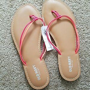💙Old Navy flip flops